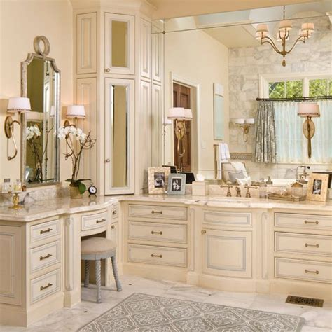 Decorating A Peach Bathroom: Ideas & Inspiration