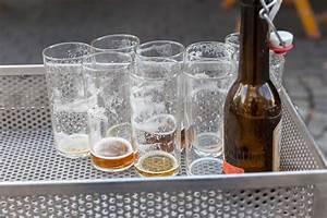 Leere Flaschen Für Likör : viele leere flaschen krombacher alkoholfrei bilder und fotos creative commons 2 0 ~ Markanthonyermac.com Haus und Dekorationen