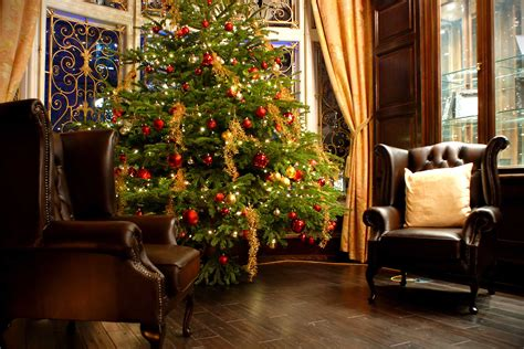 Holiday Decorating Mistakes