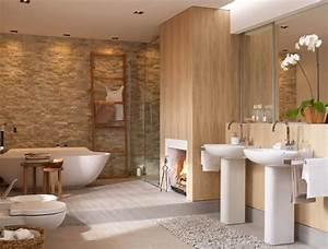 Schlafzimmer Romantisch Gestalten : kamin neben der badewanne sch ner wohnen ~ Markanthonyermac.com Haus und Dekorationen
