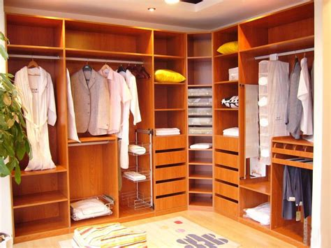 32 Elegant Walk In Closet Designs For Your White Traditional Kitchen Very Small Galley Ideas Blue And Yellow Inexpensive Cabinet Makeovers Images Neutral Backsplash