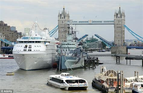 Boat Cruise In East London by New Cruise Ship Passenger Terminal Planned For Greenwich