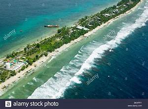 Funafuti atol on Tuvalu form the air threatened by global ...