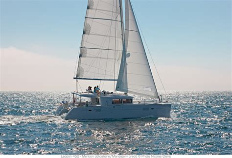 Sailing Boat Singapore by Smooth Sailing Singapore Luxury Yacht Charters