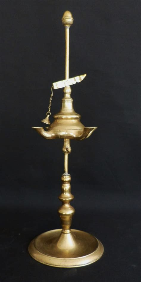 le 224 huile florentine en bronze italie fin xviii 232 me bougeoirs chandeliers