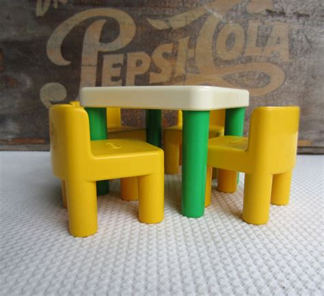 vintage tikes table and chairs green and yellow