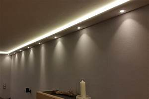 Led Profil Aussen : indirekte led beleuchtung wand und decke wohn design ~ Markanthonyermac.com Haus und Dekorationen
