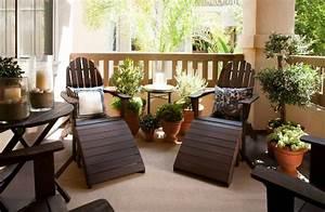 Balkon Liege Für Zwei : 40 neue ideen f r balkon dekoration ~ Markanthonyermac.com Haus und Dekorationen