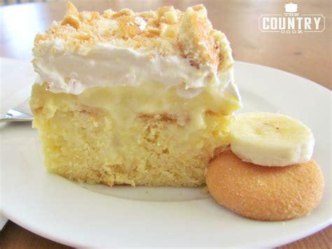 banana pudding poke cake banana pudding poke cake the country cook
