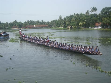 Pictures Of The Biggest Boat In The World by Largest Canoe Crew Asia Book Of Records Asia Book Of