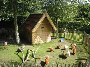 Hühner Im Garten : h hnerstall im garten h hnerstall pinterest h hnerstall h hner und g rten ~ Markanthonyermac.com Haus und Dekorationen