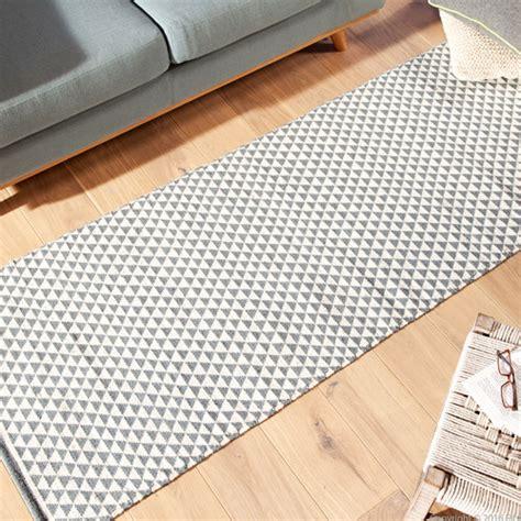 maclou tapis de couloir maison design bahbe