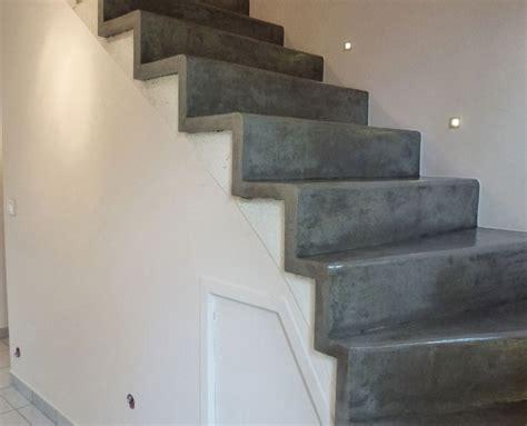beton cir 233 sur escalier en bois de conception de maison