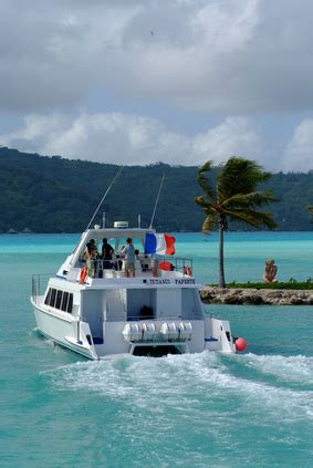 Boat From Maui To Honolulu by Sailboat Cruises From Maui To Lanai Usa Today