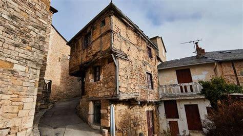 la plus vieille maison de l aveyron fait le tour du monde s 233 verac le ch 226 teau aveyron midi