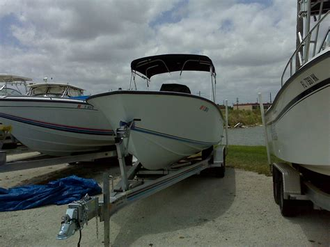 Boats For Sale Under 25000 contender 25 cc 25 000 the hull truth boating and