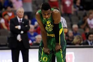 NCAA Tournament 2015: Ducks go down swinging against No. 1 ...