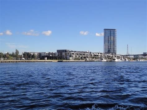Steamboat Perth by Classic Steamboat Cruises Melbourne Australien Omd 246 Men