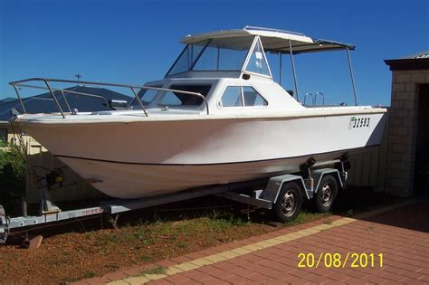 Fishing Boats For Sale On Ebay Uk by Old Boats Pics Cabin Cruiser For Sale Ebay J Boats For Sale