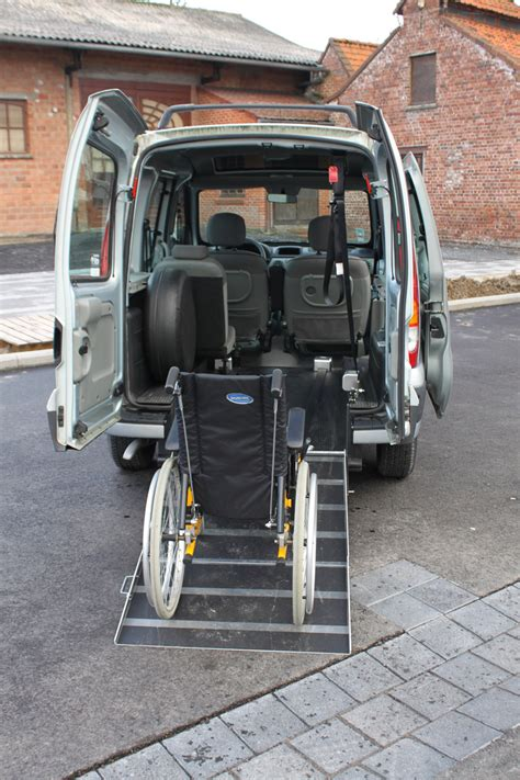 voiture handicap 233 d occasion sheryl