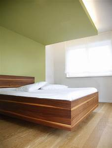 Welche Farbe Schlafzimmer : gr n gr n gr n sind alle meine kleider eswerderaum ~ Markanthonyermac.com Haus und Dekorationen