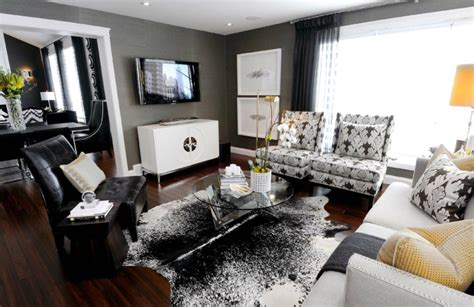 how to decorate in black and white hotpads