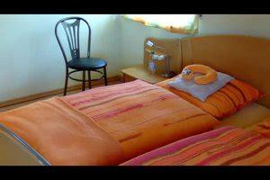 Video Das Bett Machen  So Geht's Schnell