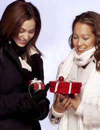 How Much Do You Know About Office Gift Giving Etiquette?