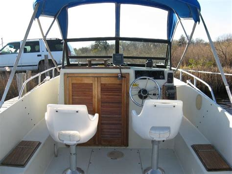Proline Boats For Sale Long Island by 1984 21 Ft Proline Walk Around Cuddy Cabin The Hull