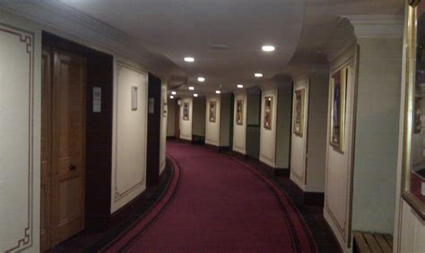 Corridor & Hallway : What's The Difference Between Corridor, Path, Lane And