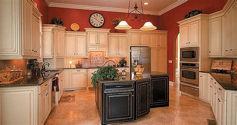 Best 25+ Glazed Kitchen Cabinets Ideas On Pinterest 2 Bedroom Apartments Buffalo Ny American Freight Sets 3 For Rent In Chicago Guest Decor Vaastu Decorative Ideas British Colonial Suites Savannah Ga