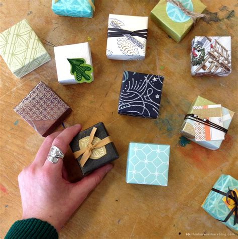 Learn To Make Tiny Gift Boxes Out Of Last Year's Greeting