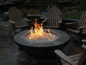 Gas Feuerstelle Outdoor : natural gas fire pit table shapes home ideas collection elegant outdoor natural gas fire pit ~ Markanthonyermac.com Haus und Dekorationen