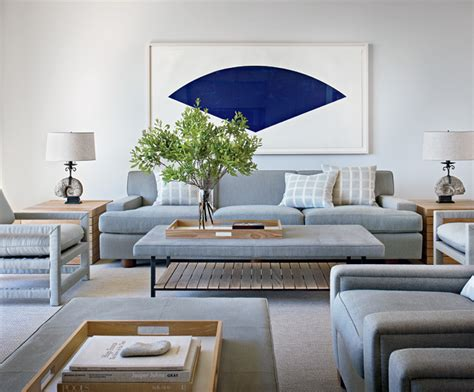 Calm And Simple Beach House Interior Design By Frederick