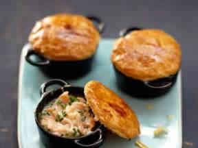 mini cocottes au saumon facile recette sur cuisine actuelle