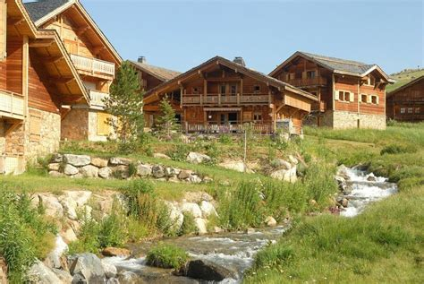 les chalets de l altiport 25 alpe d huez location vacances ski alpe d huez ski planet