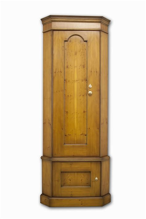 21st century antiques 304 made corner gun cabinet