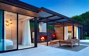 Gartenhaus Mit Glasfront : 11 id es pour int grer un pool house moderne cot de votre piscine ~ Markanthonyermac.com Haus und Dekorationen