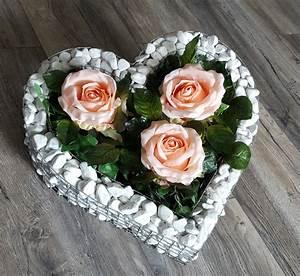 Kerze Mit Herz : herz mit kies rosen friedhof blumen grabschmuck grabschale liebe kerze neu ebay ~ Markanthonyermac.com Haus und Dekorationen