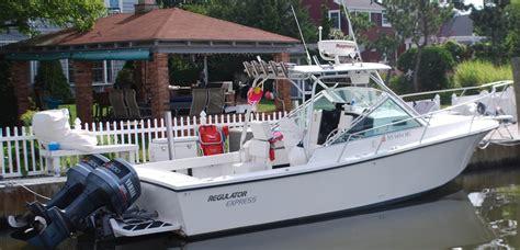 Regulator Boats Long Island by 1994 26 Regulator Express Looks New The Hull Truth