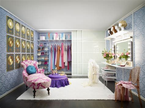Create A Stylish Dressing Room-the Luxpad