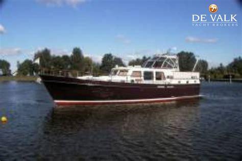 Jacht Te Koop Nederland by Lowland Trawler 12 90 Motorboot Te Koop Jachtmakelaar De