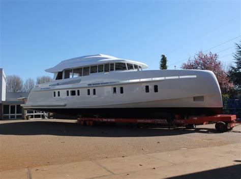 Motorjacht In Storm by Storm S 78 Luxury Yacht Charter Superyacht News
