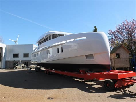 Motorjacht In Storm by Storm S 78 Yacht Charter Superyacht News