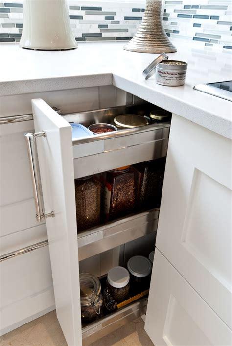 amenagement tiroir cuisine ikea finest et duautre part ce grand module de quatre poubelles