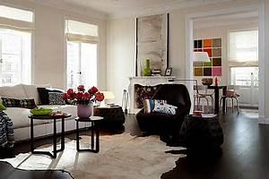 Dunkler Boden Weiße Sockelleisten : dunkles parkett im wohnzimmer bild 10 living at home ~ Markanthonyermac.com Haus und Dekorationen