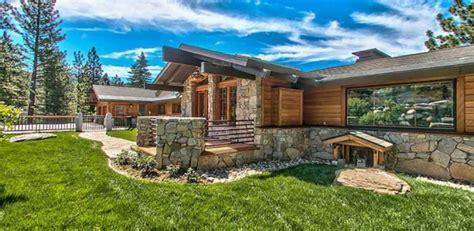 splendide panorama pour cette maison bois et traditionnelle am 233 ricaine construire tendance