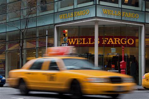 Wells Fargo Boat Loans by Lenders Shift To Help Struggling Student Borrowers Wsj