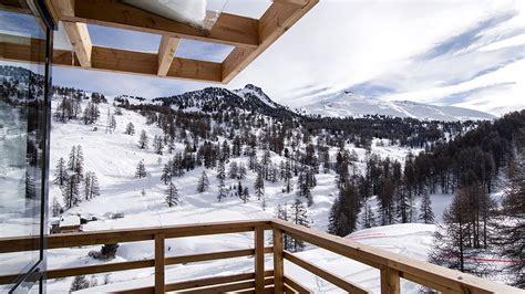 hotel design 4 233 toiles au pied des pistes de vars risoul dans les alpes du sud hautes alpes