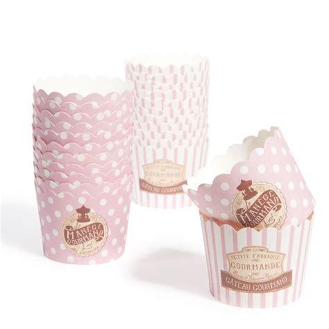 boite de 24 caissettes cupcake ge maison du monde drag 233 es cupcake